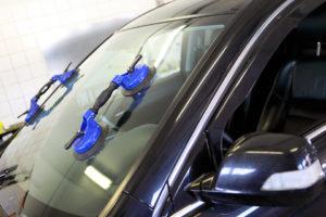 Oprava a výmena autoskla